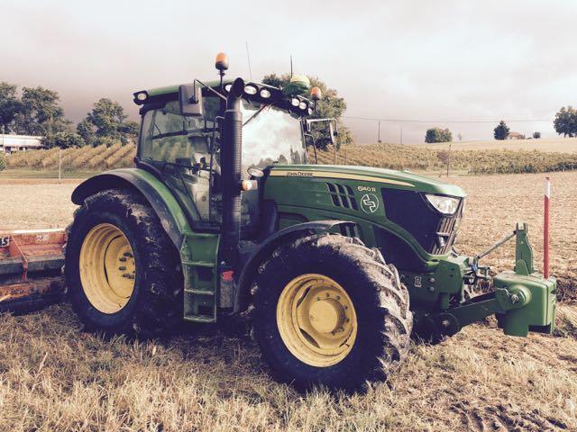 location tracteur agricole john deere 140 cv